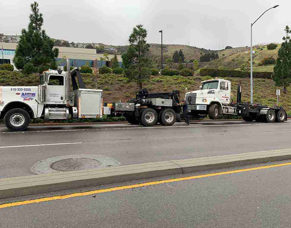 Heavy duty tow in SF California | Auto Towing | 415-333-5559