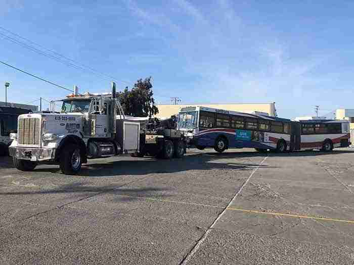 Semi Tow Truck Towing Samtrans Bus San Francisco Ca